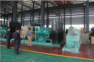 Grupo gerador diesel de energia elétrica com motor Perkins Stamford Alternador