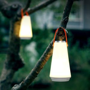 Carga de la lámpara portátil de la atmósfera interior y exterior Lámpara de mano
