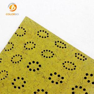 Surface jaune perforée de matériau de base en bois MDF Panneau acoustique