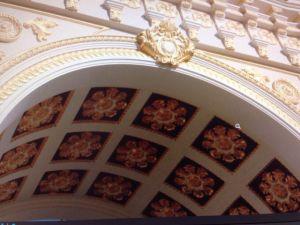 82587# het Afgietsel van de kroonlijst voor het Bouwmateriaal van de Decoratie van de Muur van het Venster