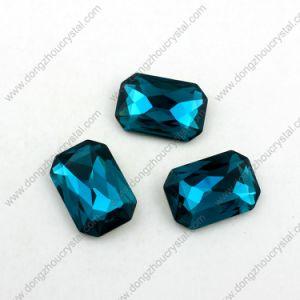 Steen van de Achthoek van het kristal de Buitensporige Kubieke voor de Kleding van het Meisje
