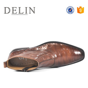 2018年のOEMの工場は人の本革のための靴をひもで締める