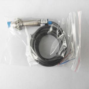 El LM12 no alineación del sensor de proximidad inductivos con CE