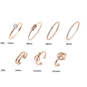 As mulheres Rose banhado a ouro fino simples bocados vários anéis empilháveis definido