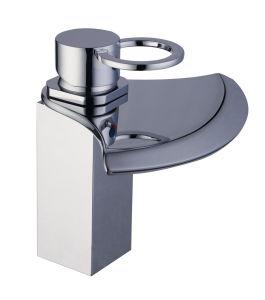 洗面器の混合弁(1010-1年)