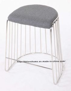 Mordenの鋼鉄レストラン椅子を食事するスタック可能ワイヤーカウンターBarstools