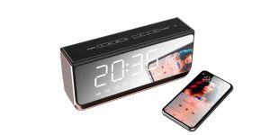 Metal de 10 vatios Bluetooth Mini Altavoz inalámbrico portátil con espejo Reloj Despertador de luz LED táctil