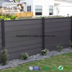 木製のプラスチック合成の運動場WPCの塀