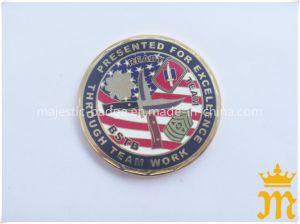 カスタマイズされた亜鉛は鋳造物の金張りの堅いエナメルの硬貨を停止する