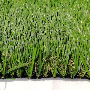 Erba artificiale dell'interno verde e prato inglese sintetico del tappeto erboso