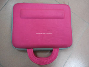 Fabricant de gros de cuir synthétique personnalisé EVA transporter un ordinateur portable sac de manchon