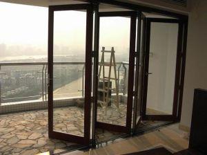 Finestra di alluminio piegante di vetratura doppia dei quattro comitati