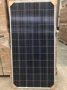 Un grade de cellules Poly Panneau solaire 320W