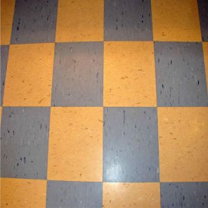 Customized Antiderrapante piso em rolo vinil homogénea