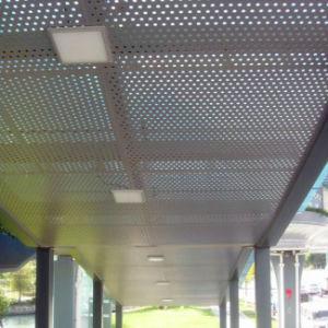 Revêtement mural feuille en aluminium perforé pour la décoration de façade