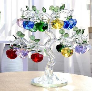 Bello regalo Apple di cristallo di natale con l'albero