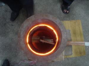 切削工具のかまれたオンラインアニーリングの溶接のための自動高周波誘導電気加熱炉