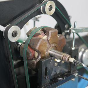 Piccola macchina dell'equilibrio dinamico del motore elettrico del mozzo