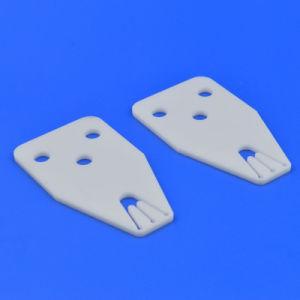 よい絶縁体パフォーマンスAl2O3陶磁器の99%アルミナの陶磁器の平らなシート