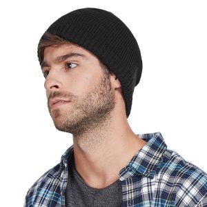 Mens는 자수 로고를 가진 베레모에 의하여 뜨개질을 한 모자를 데운다