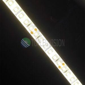 Alta striscia flessibile 120LEDs/M di lumen 22-28lm/LED SMD2835 LED