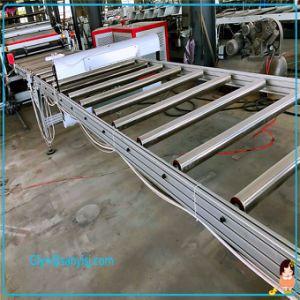 Le WPC PVC SPC Flooring Tapis de sol Making Machine /Ligne de Production