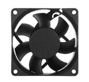 Очиститель воздуха 12V/24В постоянного тока осевой вентилятор системы охлаждения 70*70*25мм