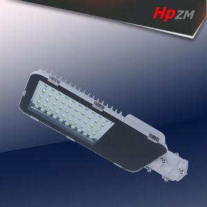 Luz de Rua LED com alta Lummen IP66