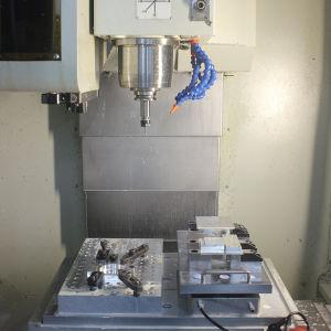Um Multifuncional para o ponto zero da máquina CNC tornos de pinça de aperto