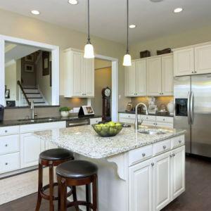 Pièces détachées de luxe en bois de style classique de remodeler les armoires de cuisine