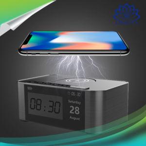 Neuester Entwurf 2018 drahtloser aufladenled-Bildschirmanzeige Bluetooth Lautsprecher mit Telefon-Halter