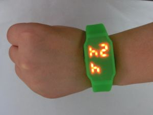 高品質の低価格USBのフラッシュ駆動機構の腕時計はPaypalのメモリフラッシュを受け入れる