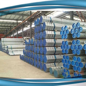 El tubo de andamio de acero galvanizado, placas y accesorios