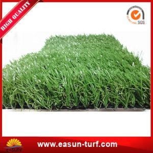 Erba artificiale d'abbellimento perfetta del tappeto erboso per il giardino