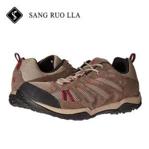 Exterior de diseño más recientes zapatos botas de hombre zapatos de alimentación en la fábrica.