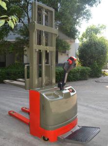 Полностью электрический поддона общение рабочим местом типа Straddle укладчик с высоким качеством
