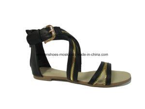 Madame neuve Fashion Flat Heel Sandal de type avec tep de piaulement