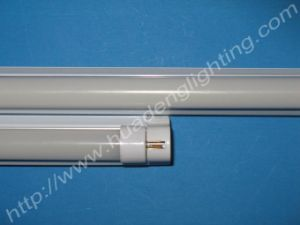 LED Fluorescent Tubes mit 0812 Diffusion Cover