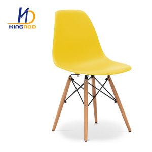 安い木足の椅子プラスチックPPのABS多彩な食事の椅子のEames Dsw Darの椅子