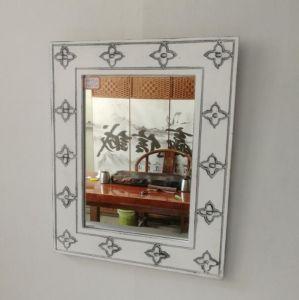 أثر قديم بيضاء خشبيّة جدار مرآة