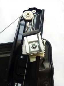 VW Golf VI 09-14 регулятора стеклоподъемника передней левой 5K0837461D