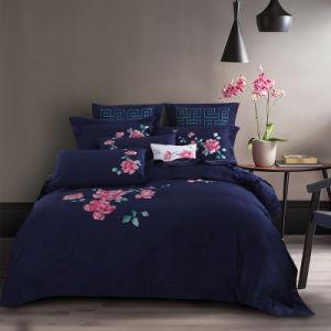 100%年の綿の固体現代刺繍の寝具のキルトの羽毛布団カバーセット