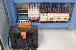 Três cabeças máquina para trabalhar madeira Router CNC ATC