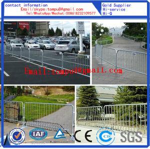 Revestimiento de polvo blanco Traffic Control de multitudes Barrera móvil portátil