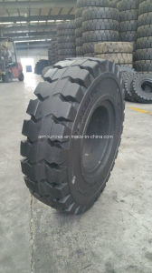 La marca de armadura 7,00-12 SP800/SP900 neumático de sólidos (haga clic en Sólida neumáticos disponibles)