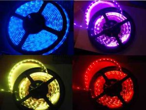 Flexible SMD5050 RGB LED luces tiras con CE y RoHS