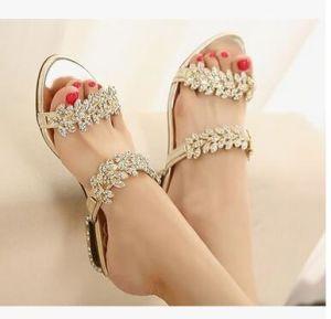 Commerce de gros de fleurs en forme de paillettes de diamants de la chaîne avec le nouveau Mesdames sandales