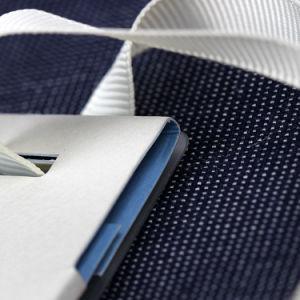 Creatividad única personalizada Hang Tags para prendas de vestir