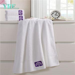 Il velluto personalizzato Jacqurd tinto filato mette in mostra i tovaglioli di bagno