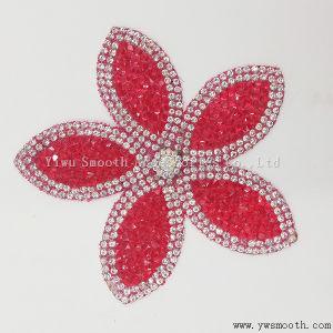 Ferro del Rhinestone del ricamo della Rosa del fiore di modo sugli accessori del distintivo della zona